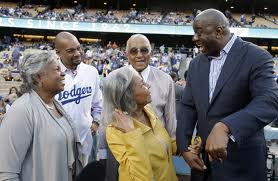 2012 Rachel Robinson and magic