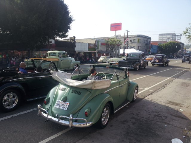 2012 Dodger Blog  Echo Park xmas fleet of bugs
