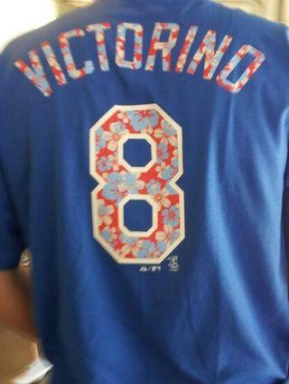 2012 Dodger Blog Victorino tshirt
