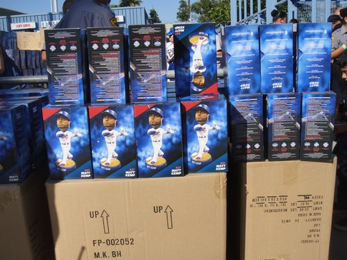 2013 Dodger Blog vs Washington 5 14 Bobble Head pics