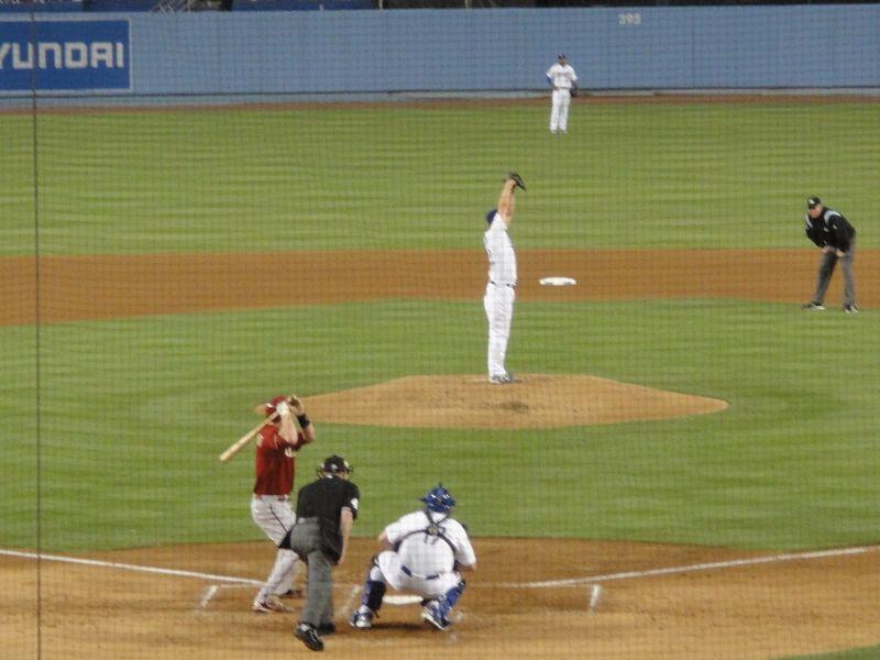 2013 Dodger Blog v Arizona field level 6 kershaw on mound