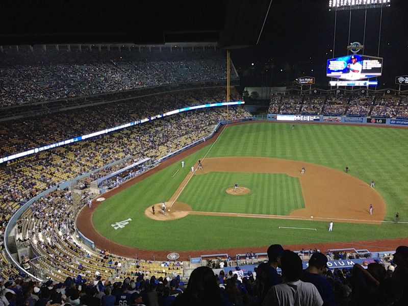 2013 Dodger Blog vs Colorado game 1 8th inning Handley up to bat pic 4