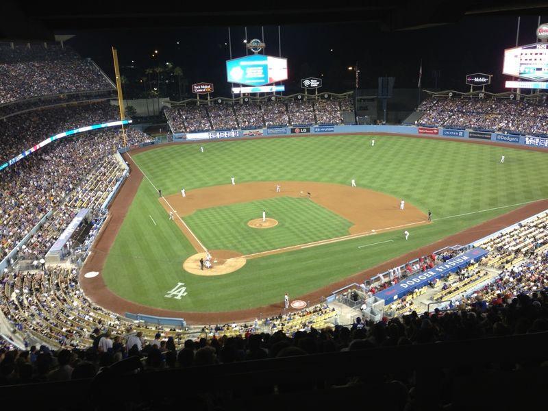 2013 Dodger Blog vs REDs game Kershaw pic 9 night shot