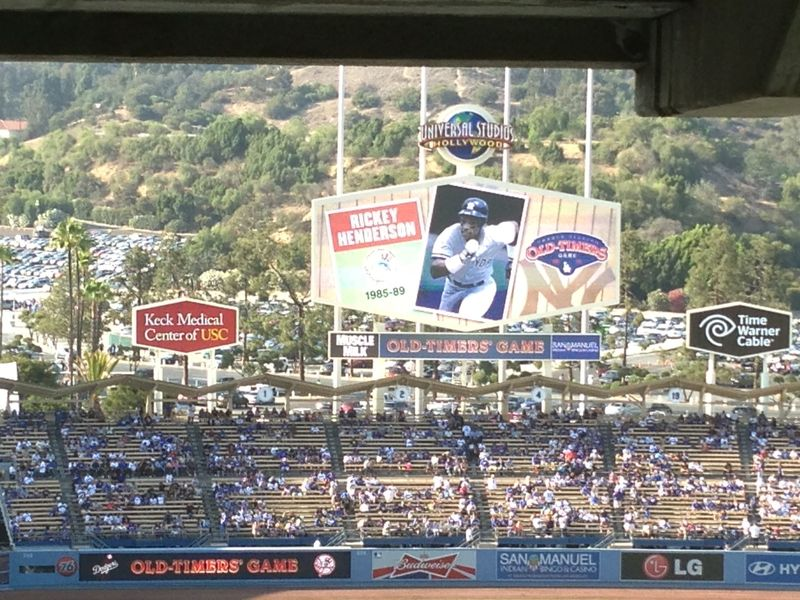 2013 Dodger Blog Old Timers Game pic 14 NY intro Henderson