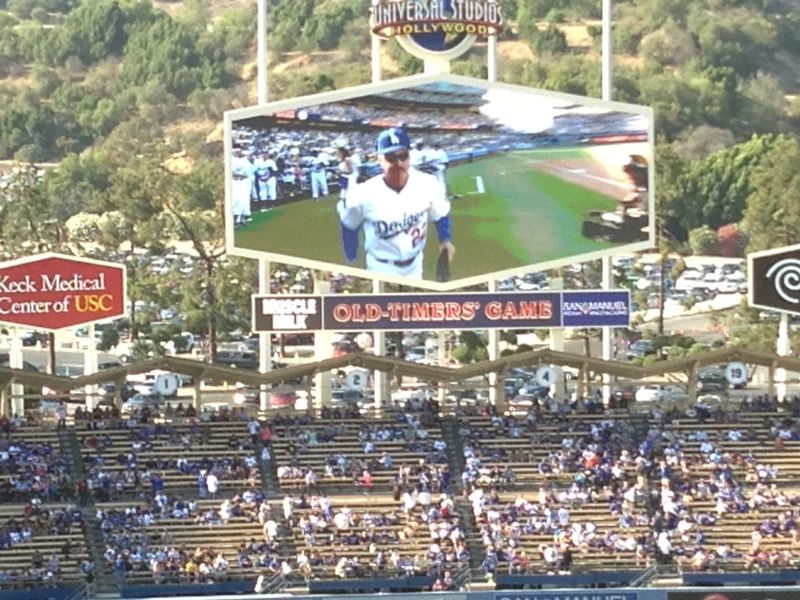 2013 Dodger Blog Old Timers Game pic 19 LA intro Buckner 2