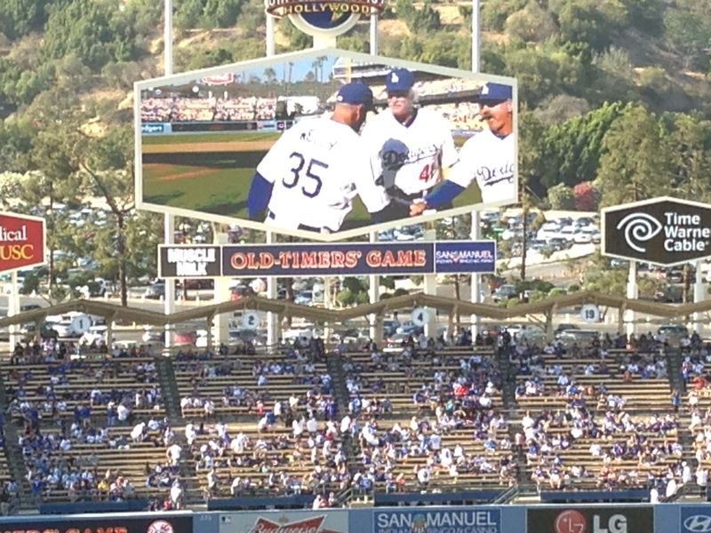 2013 Dodger Blog Old Timers Game pic 26 LA intro Bob Welch pic 3