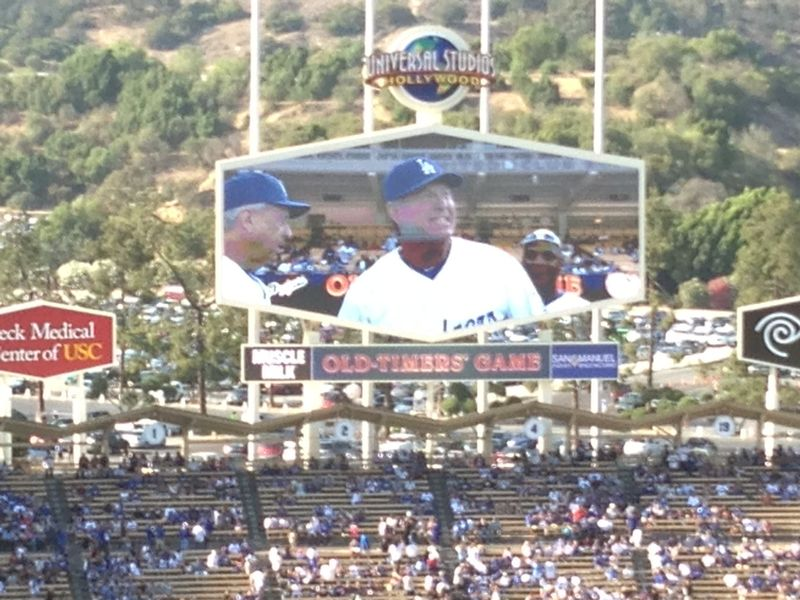 2013 Dodger Blog Old Timers Game pic 29 LA intro Mickey pic 2