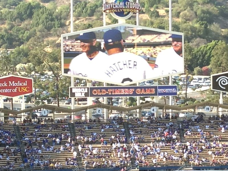 2013 Dodger Blog Old Timers Game pic 29 LA intro Mickey pic 3