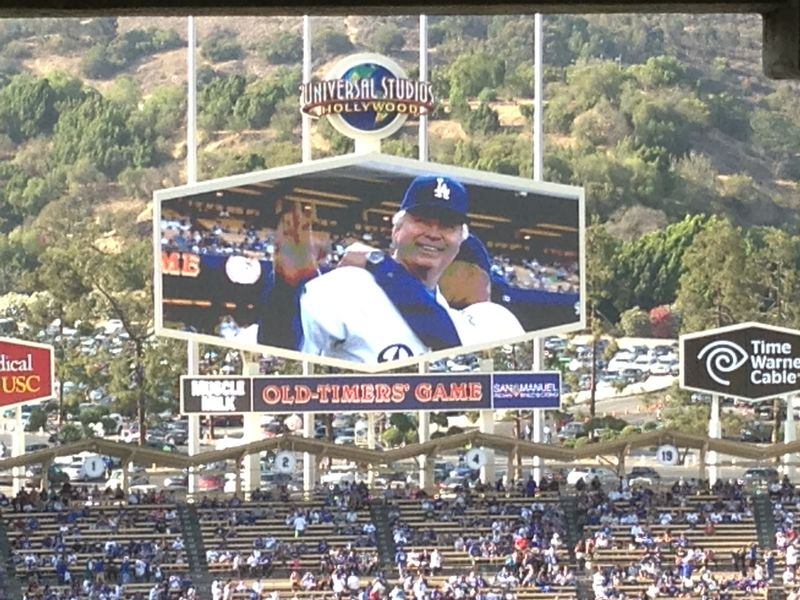 2013 Dodger Blog Old Timers Game pic 48 Bill Russell pic 3