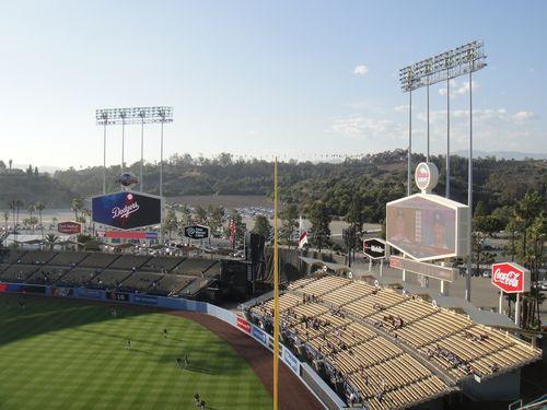 2013 Dodger Blog BP fans snagging homers