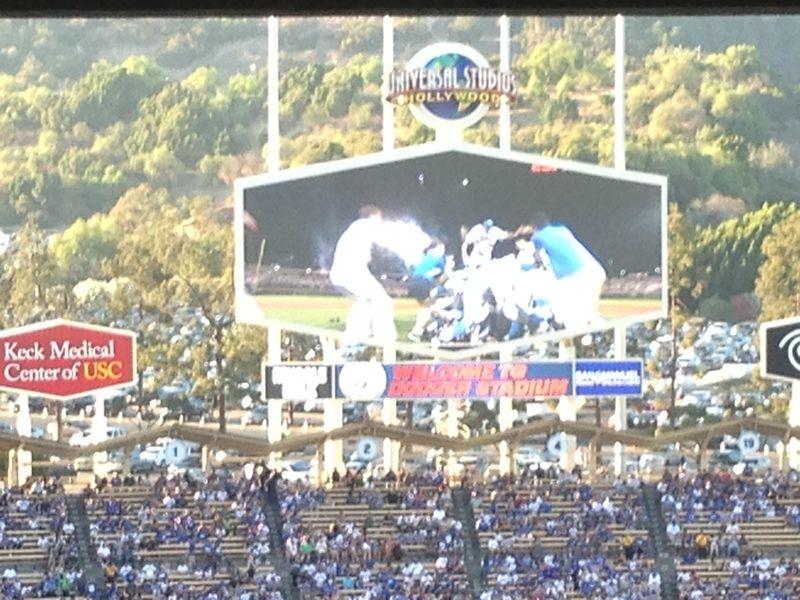 2013 Dodger Blog vs giants game 1 pic trophy - 2
