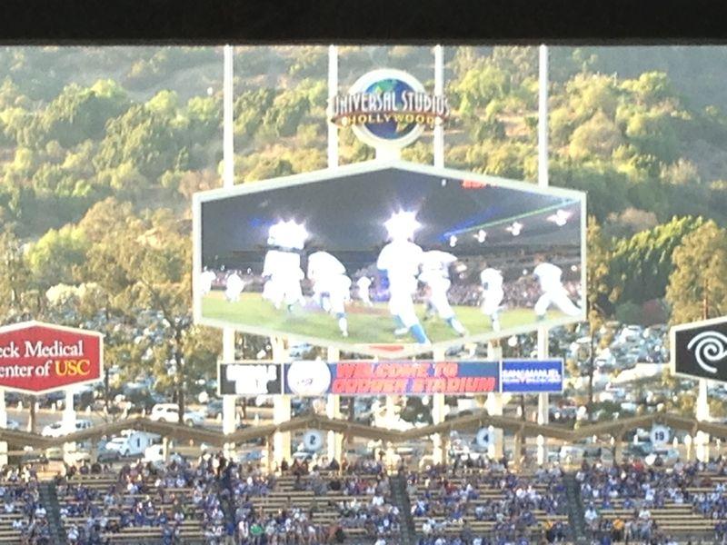 2013 Dodger Blog vs Phillies game - winning sprint