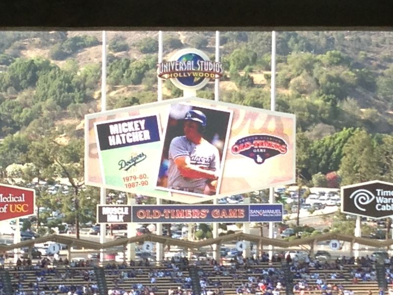 2013 Dodger Blog Old Timers Game pic 27 LA intro Mickey Hatcher