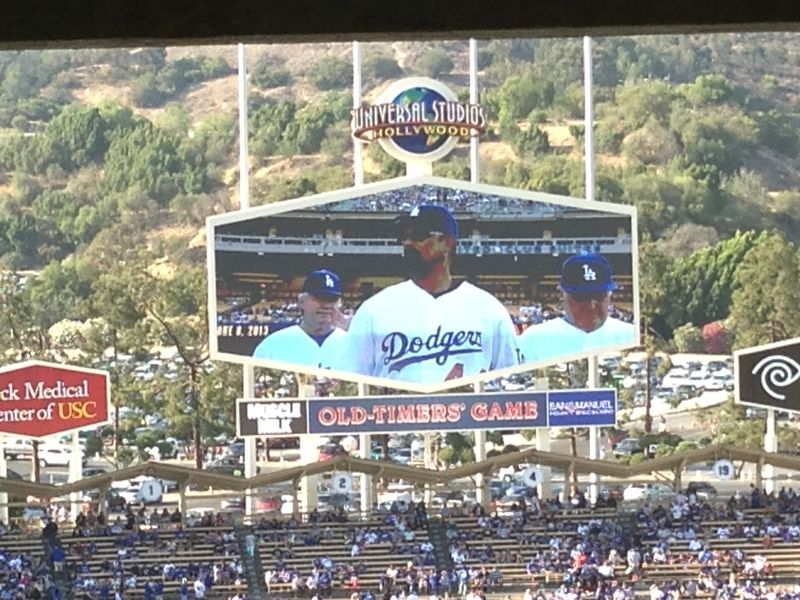 2013 Dodger Blog Old Timers Game pic 31 LA intro Ken pic 2
