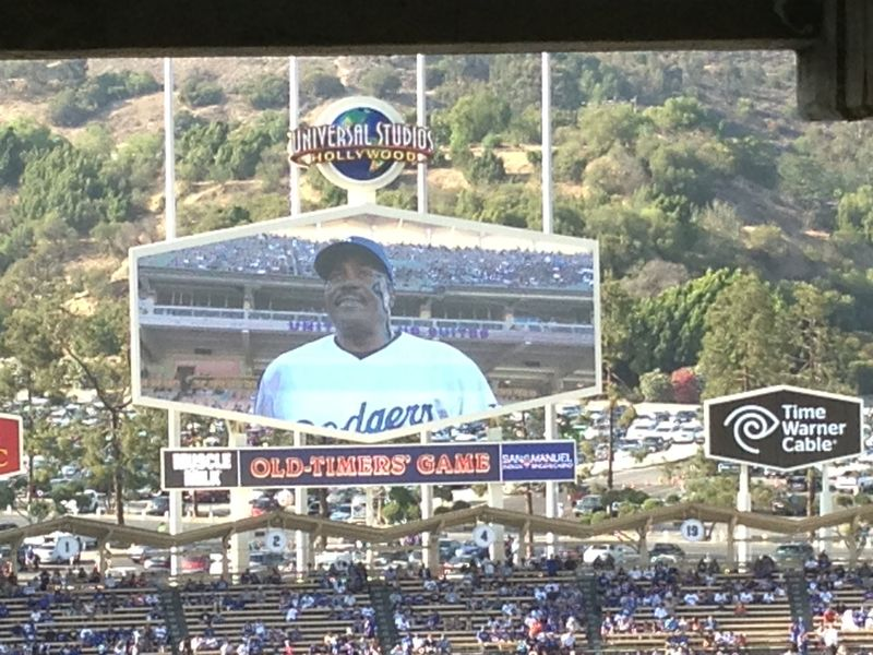 2013 Dodger Blog Old Timers Game pic 36 P Guerrero pic 2