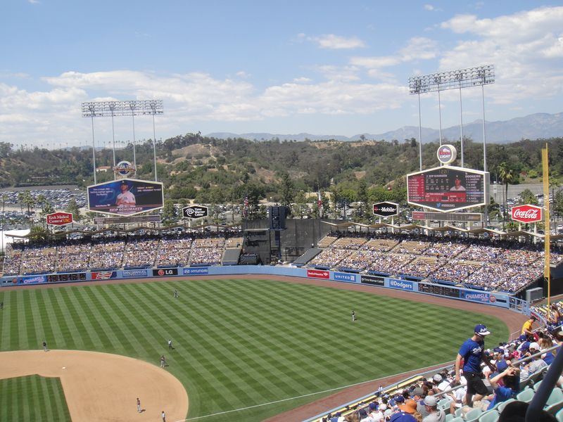 2013 Dodger Blog Mothers Day Stadium View