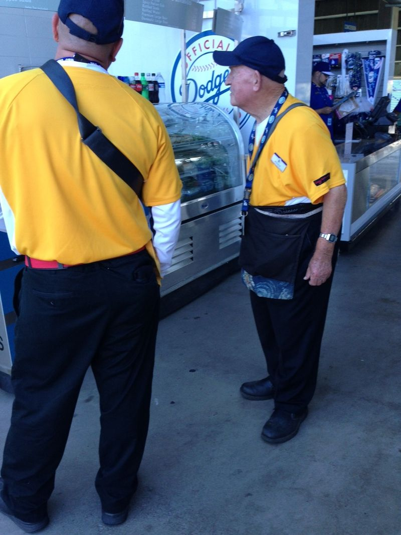 2013 Dodger Blog vs Giants game 2 pic 1