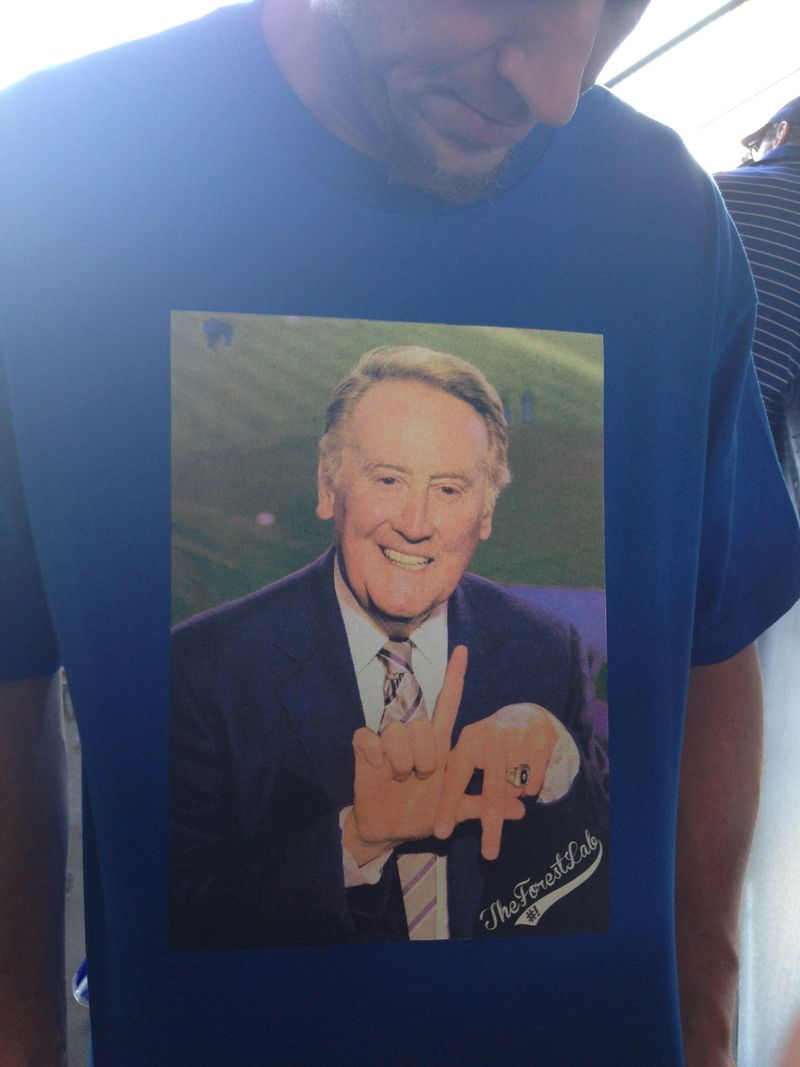 2013 Dodger Blog vs Reds Vin Scully Bobblehead pic 8
