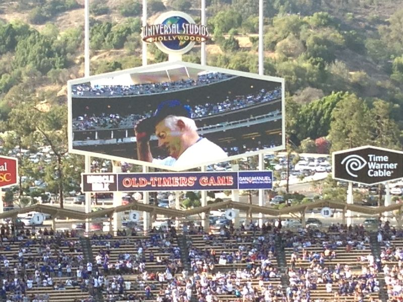 Old Timers Game Tommy Lasorda pic 4 pic 84