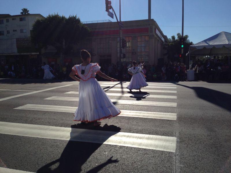 Echo Park Holiday Parade Ballet Folkloriko pic 2
