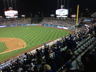2014 Dodger Blog wave pic 9