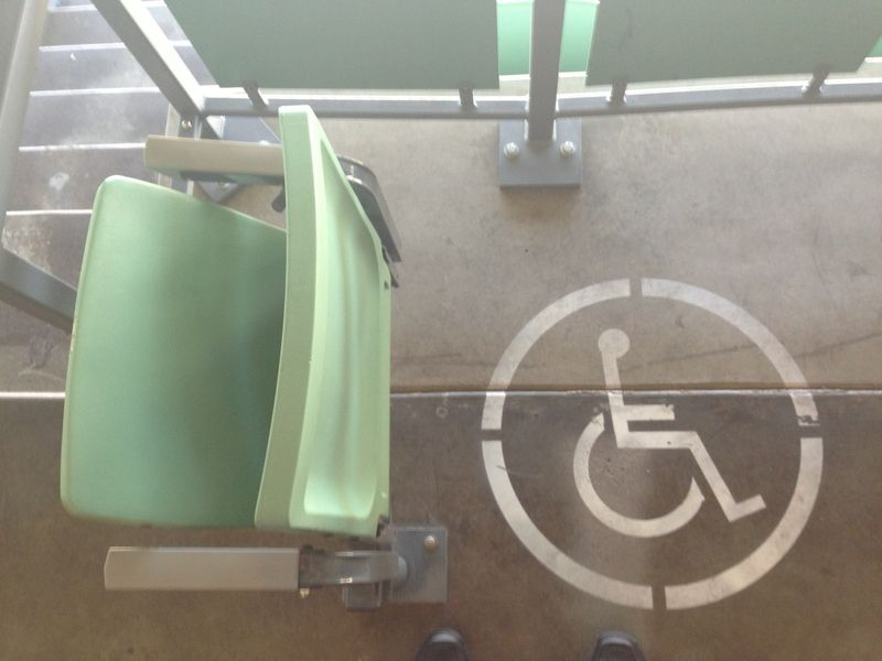 2013 Dodger Blog vs Phillies wheelchair access pic 3