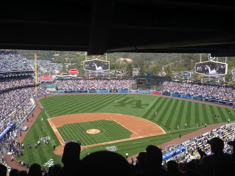2014 Dodger Blog Opening Day pic 12