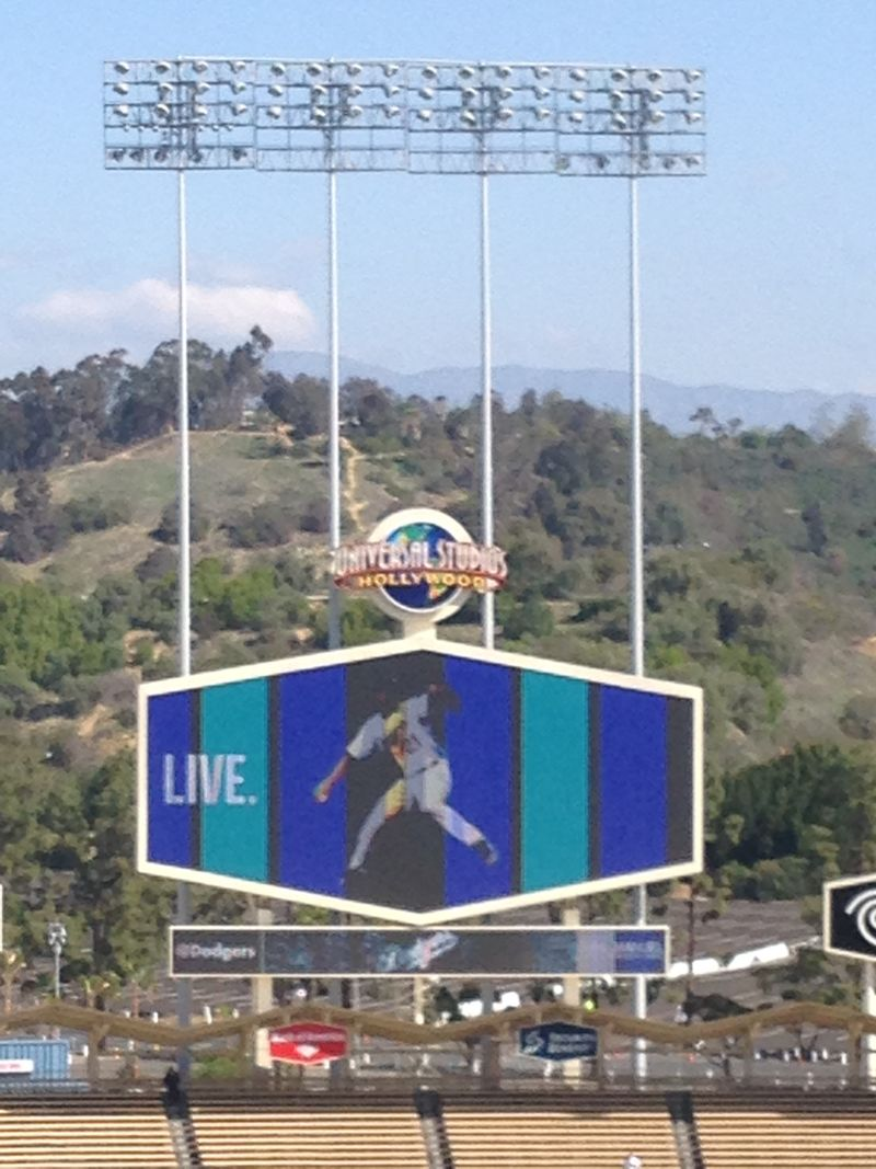 2014 Dodger Blog Opening Day pic 25