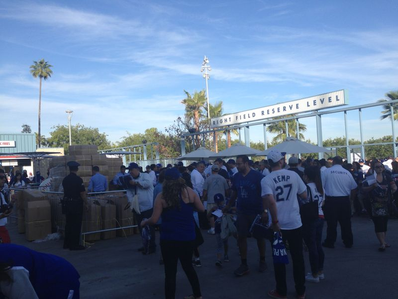 2014 Dodger Blog Hoodie vs Tigers pics 4