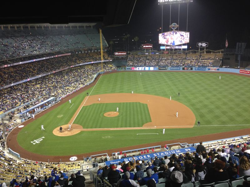 2014 Dodger Blog vs Philly game 1 pic 4