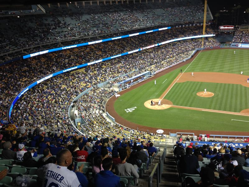 2014 Dodger Blog vs Philly game 2 pic 9