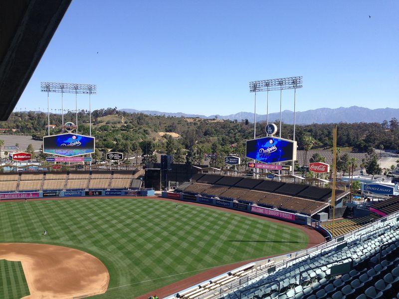 2014 Dodger Blog vs Giants game 4 Mothers Day pic 1