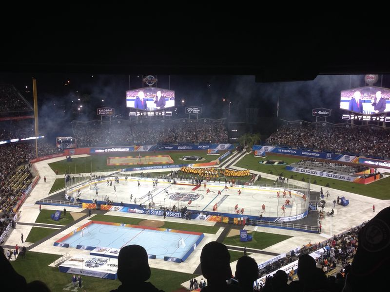 2014 Dodger Blog Stadium Series pic 18