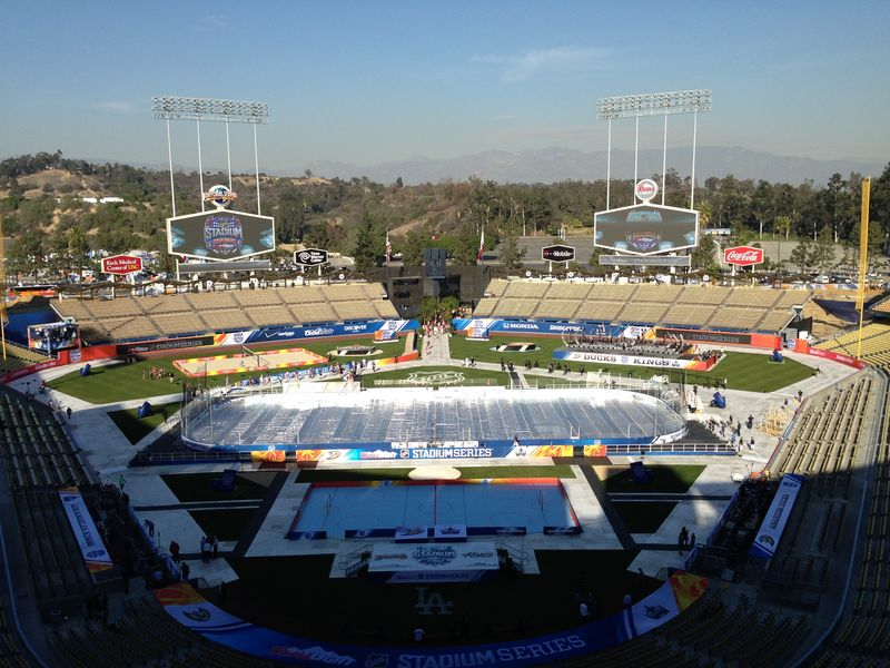 2014 Dodger Blog Stadium Series pic 6