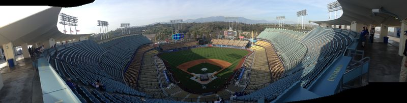 2014 Dodger Blog vs Philly game 1 pic 5
