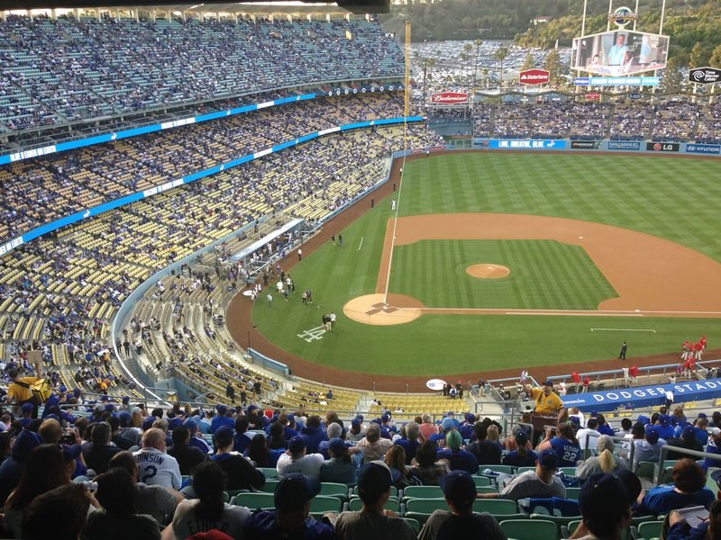 2014 Dodger Blog vs Phillies game 3 pic 12