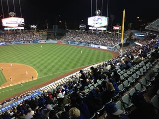 2014 Dodger Blog wave pic 5